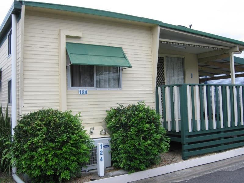 123 5th  Ave, Woolgoolga NSW 2456