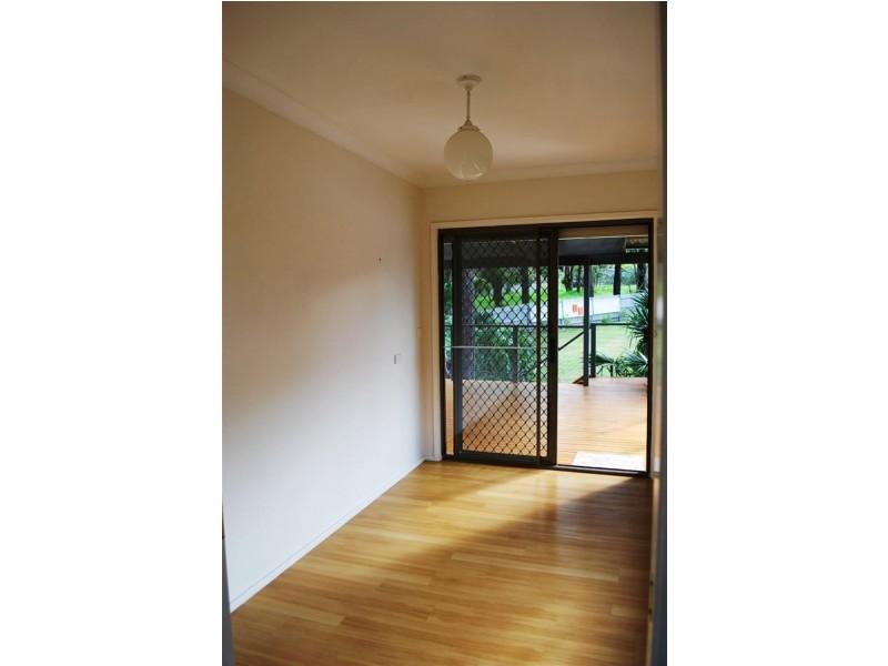 50 Middlesex Ave, Gorokan NSW 2263