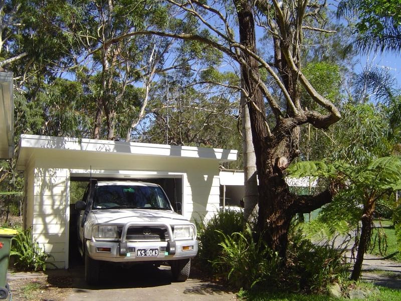 220 Charlotte Bay St, Charlotte Bay NSW 2428