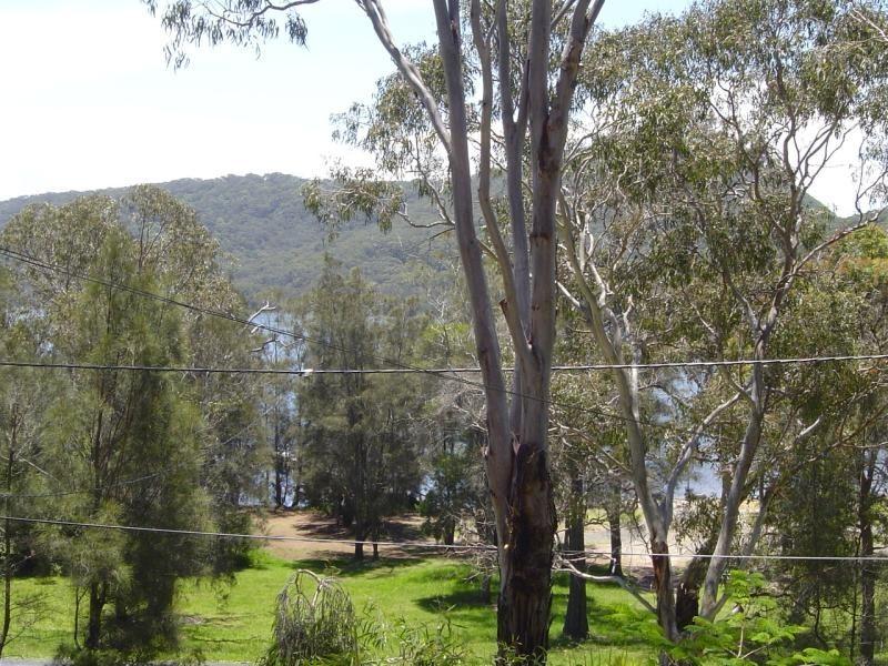 1/30 The Lakes Way, Elizabeth Beach NSW 2428