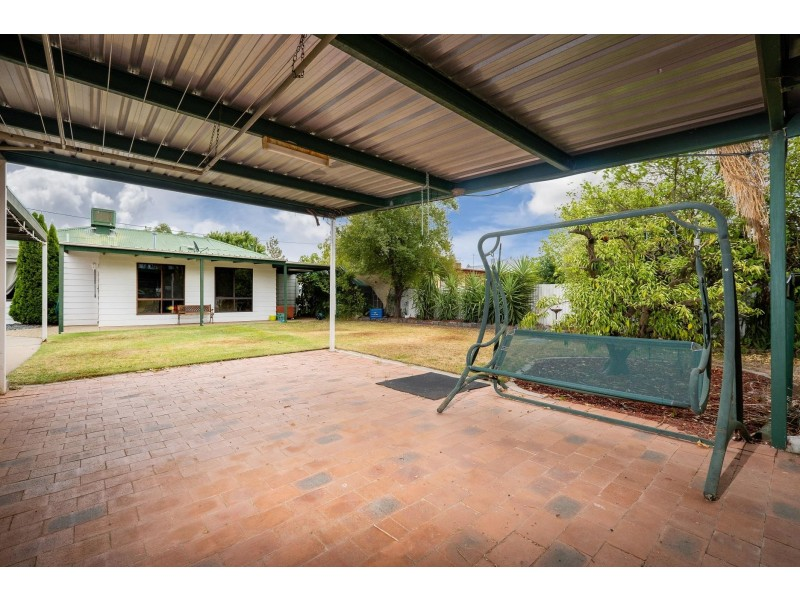 482 Alldis Avenue, Lavington NSW 2641