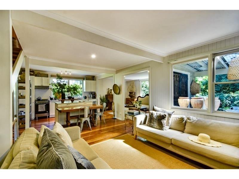 15 Ebury Street, Bundanoon NSW 2578