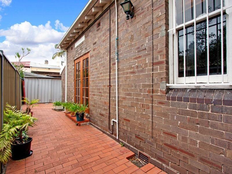 52 Suttor St, Alexandria NSW 2015