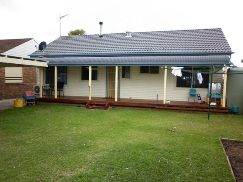 22 St Lukes  Ave, Brownsville NSW 2530