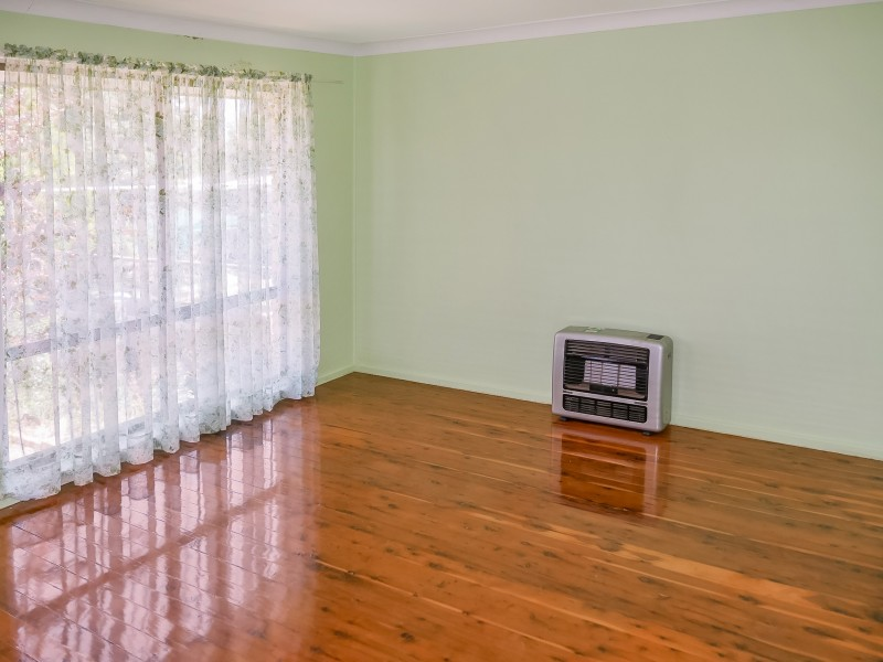 84 Douglas Street, Narrandera NSW 2700