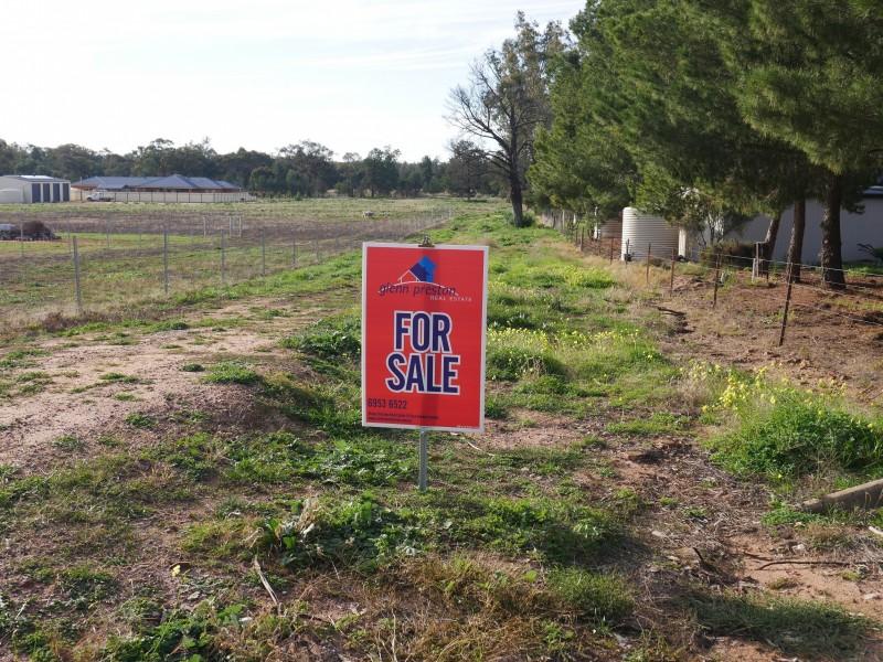 115 Pine Hill Road, Narrandera NSW 2700