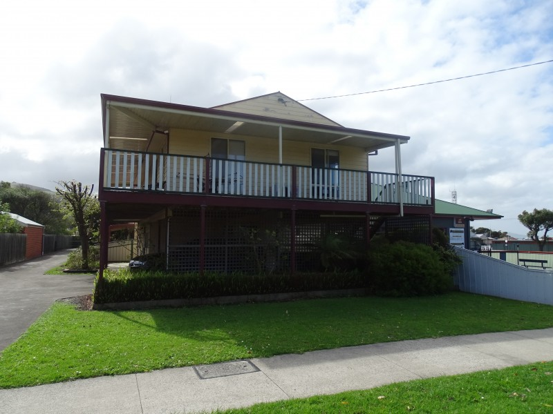 8A Moore Street, Apollo Bay VIC 3233