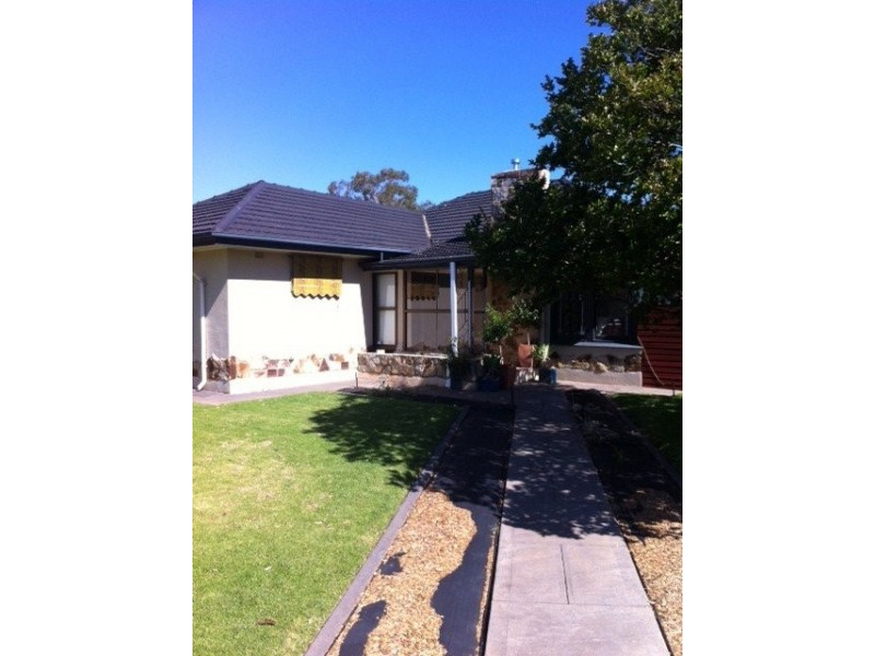 Caulfield Ave, Clarence Gardens SA 5039