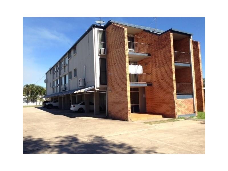 Surrey Street, Hyde Park QLD 4812