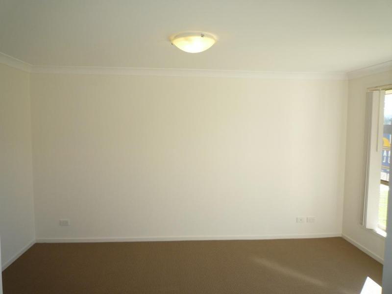 17 Diamond Circuit, Aberglasslyn NSW 2320