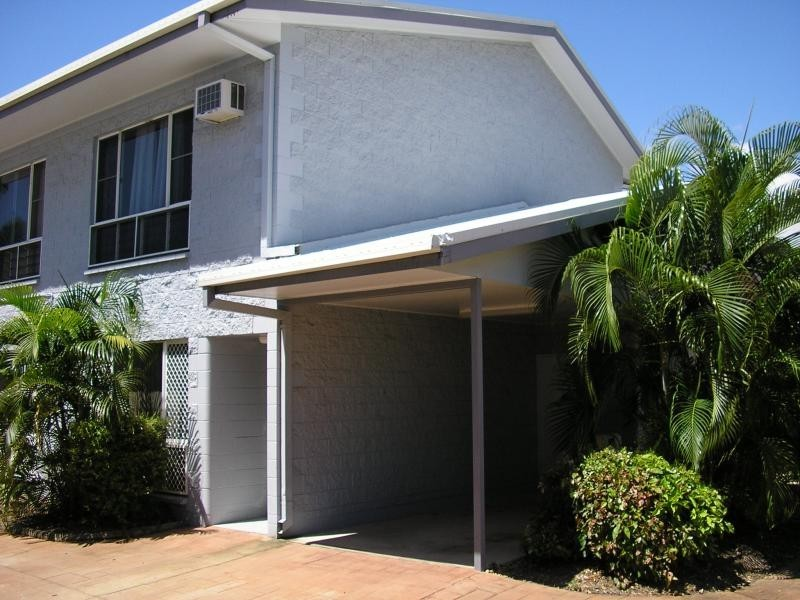 Unit 1/34 Park Lane, Hyde Park QLD 4812