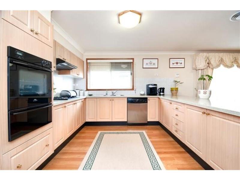 29 Kiernan Cres, Abbotsbury NSW 2176