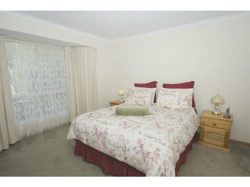 21 Nicholas Walk, Aberfoyle Park SA 5159