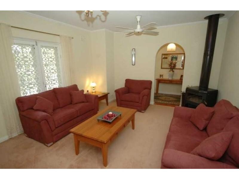 106 Oakridge Road, Aberfoyle Park SA 5159
