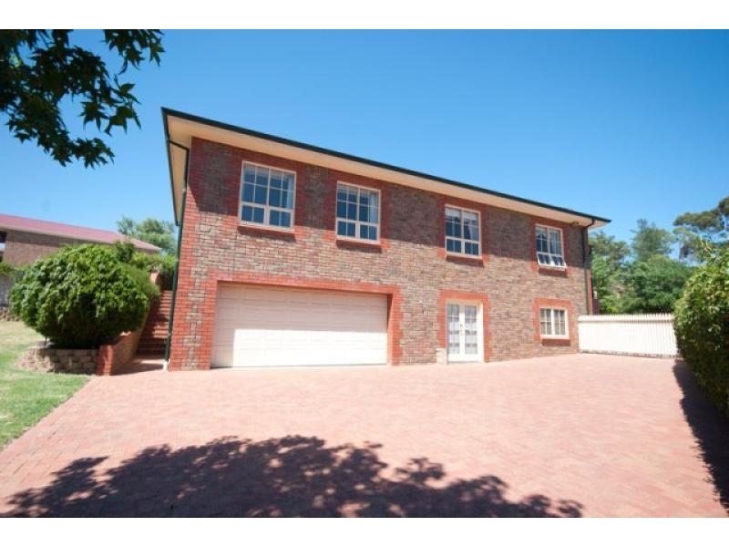 38 Dunalbyn Drive, Aberfoyle Park SA 5159