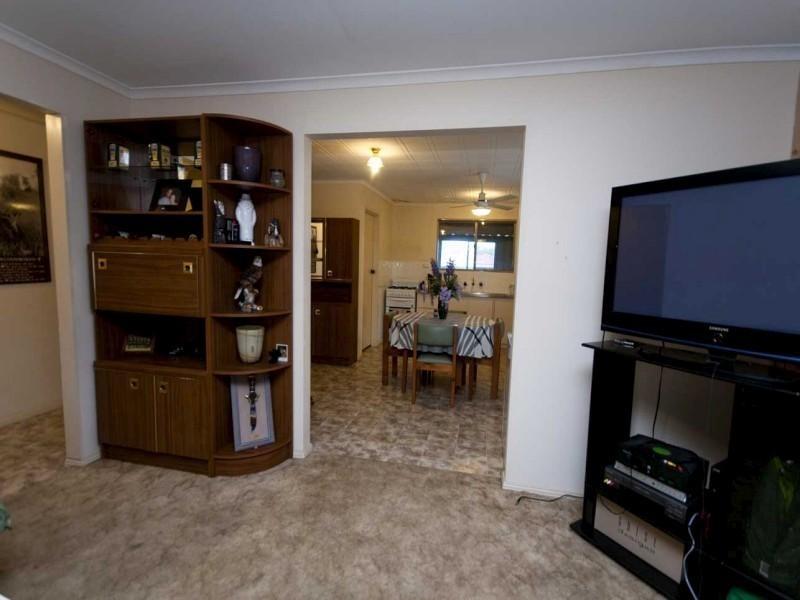 11 Reid Avenue, Aberfoyle Park SA 5159