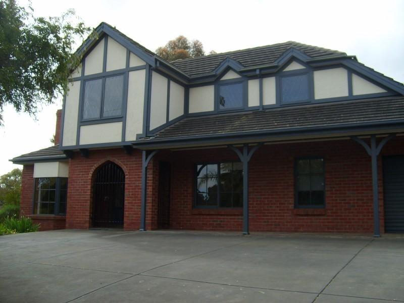 2 Abbaron Court, Aberfoyle Park SA 5159