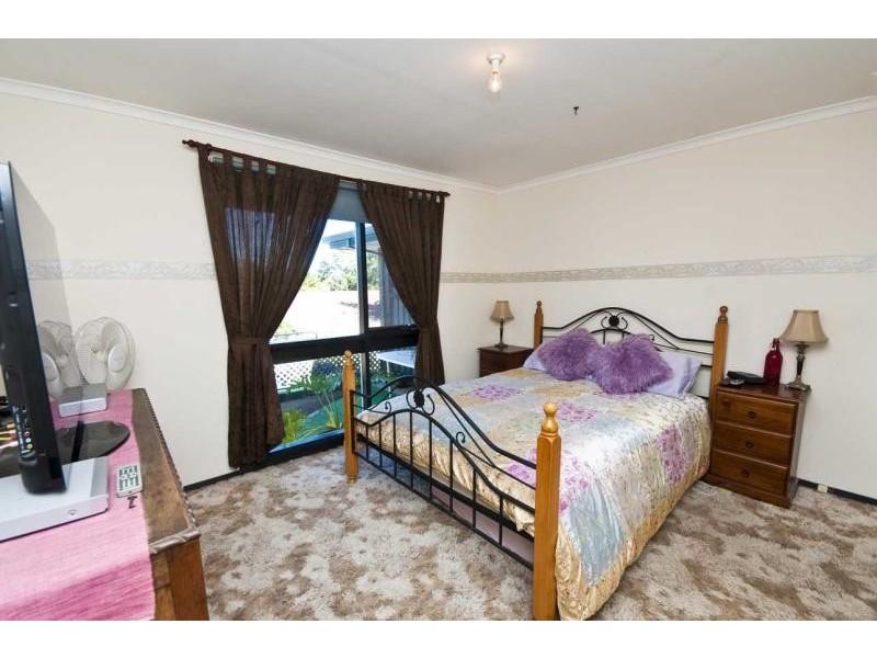 7 Dew Street, Aberfoyle Park SA 5159