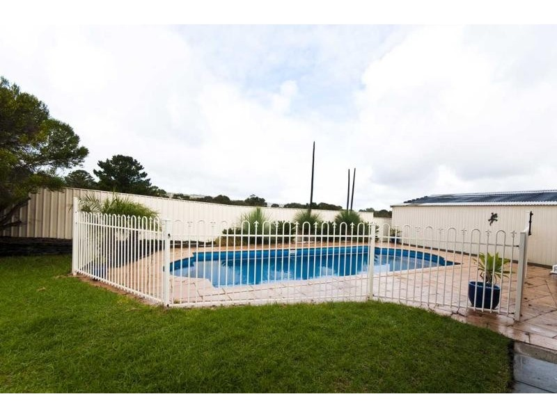 23 Campus Drive, Aberfoyle Park SA 5159
