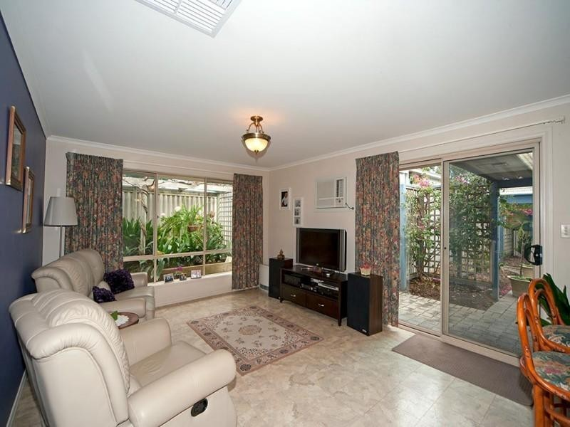 1 London Road, Aberfoyle Park SA 5159