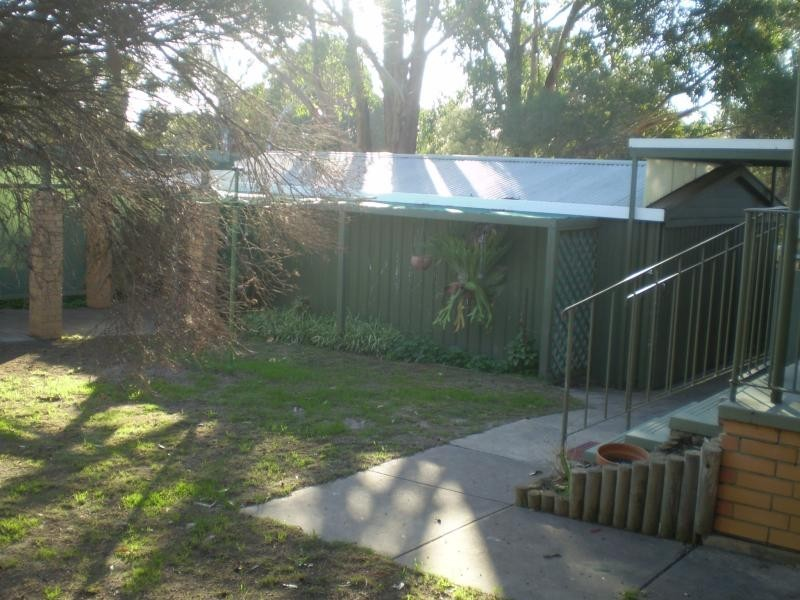 11 REDCRAZE ST, Aberfoyle Park SA 5159