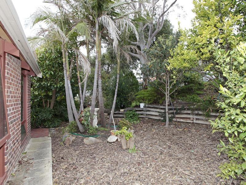 13 Shaftesbury Terrace, Marino SA 5049