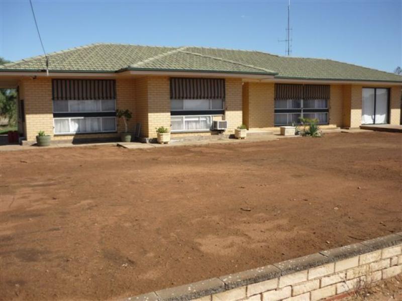 Lot 9 , 10 & 11Railway Tce, Borrika SA 5309
