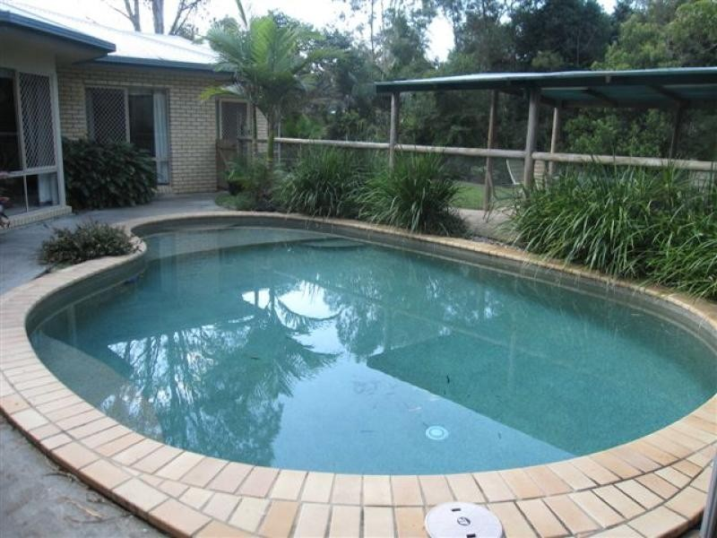 12 Pepper Berry Place, Cooroy QLD 4563