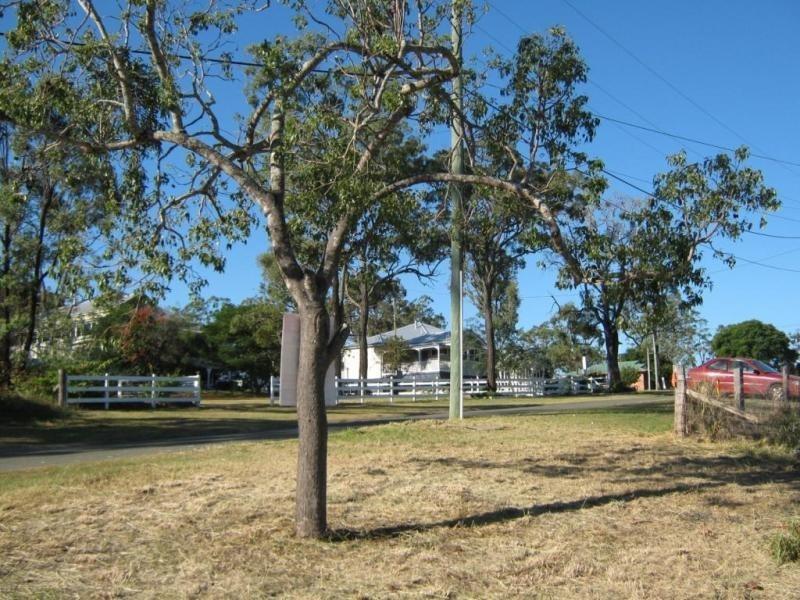 10 Phalaris Court, Meringandan QLD 4352