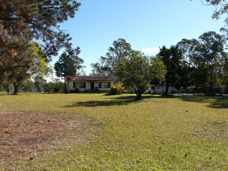 30 Binalong Road, Belimbla Park NSW 2570