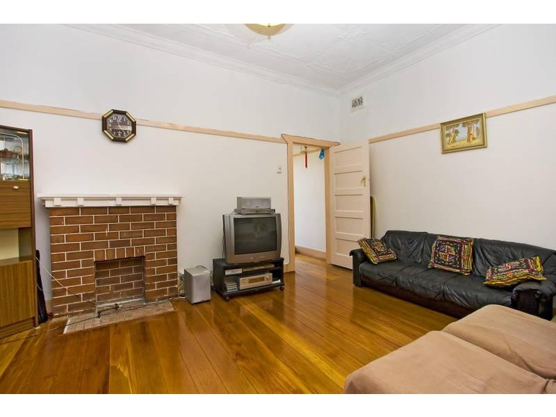 31 Fourth Street, Ashbury NSW 2193