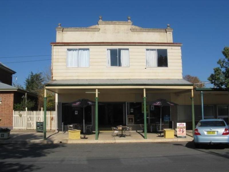 2/49 Tumut Street, Adelong NSW 2729
