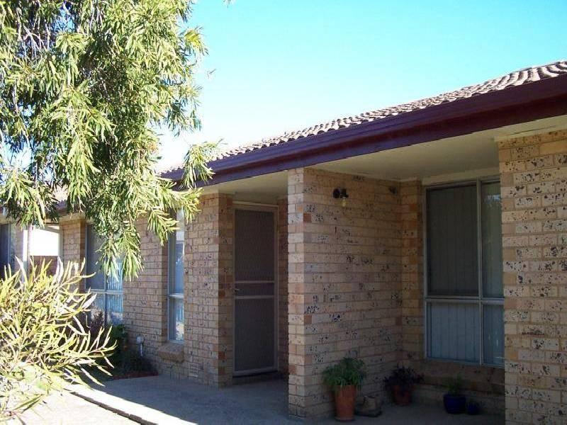 2/83 TUMUT ST, Adelong NSW 2729