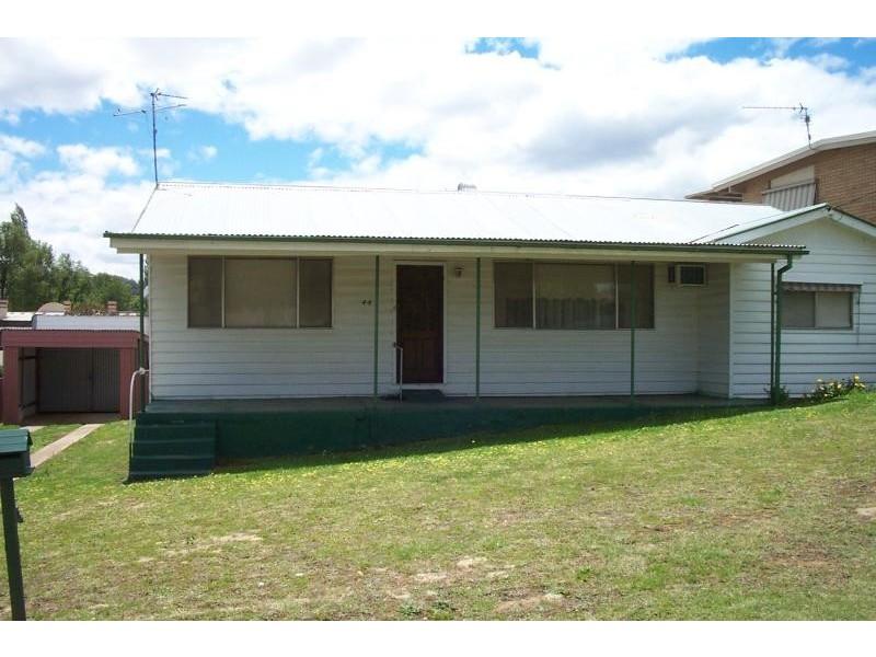 44 LOCKHART STREET, Adelong NSW 2729