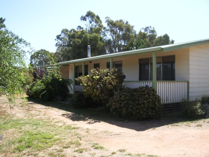 3223 Snowy Mountains Highway, Adelong NSW 2729