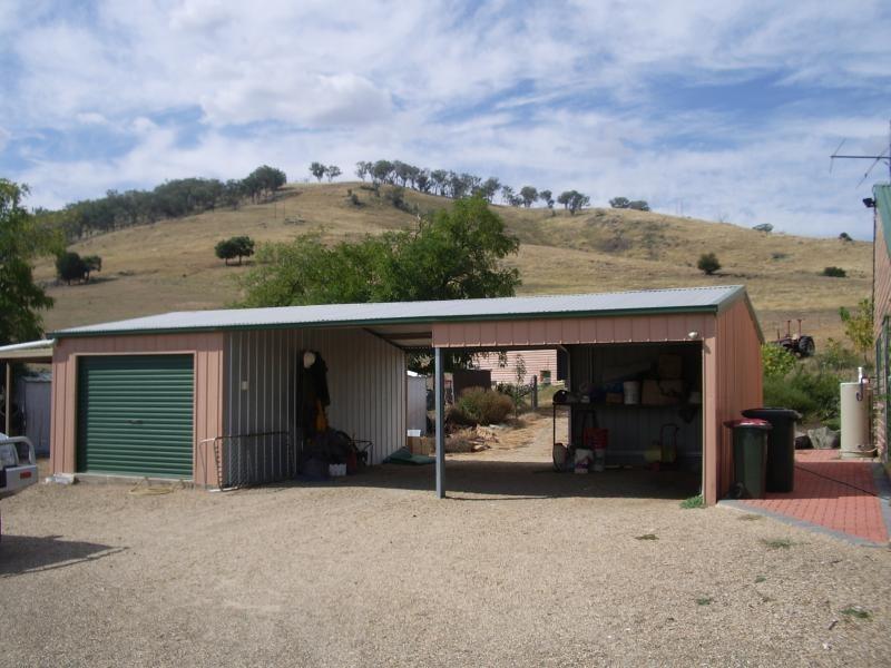 7 Ryans Road, Adelong NSW 2729