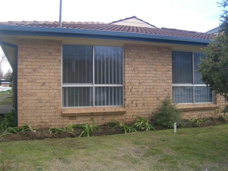 83 Tumut Street, Adelong NSW 2729