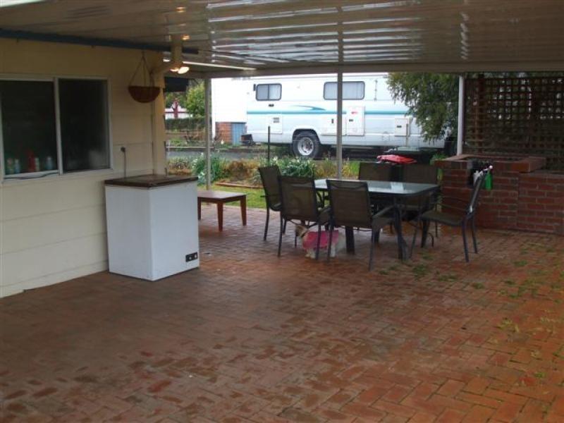 19 Tumut Street, Adelong NSW 2729