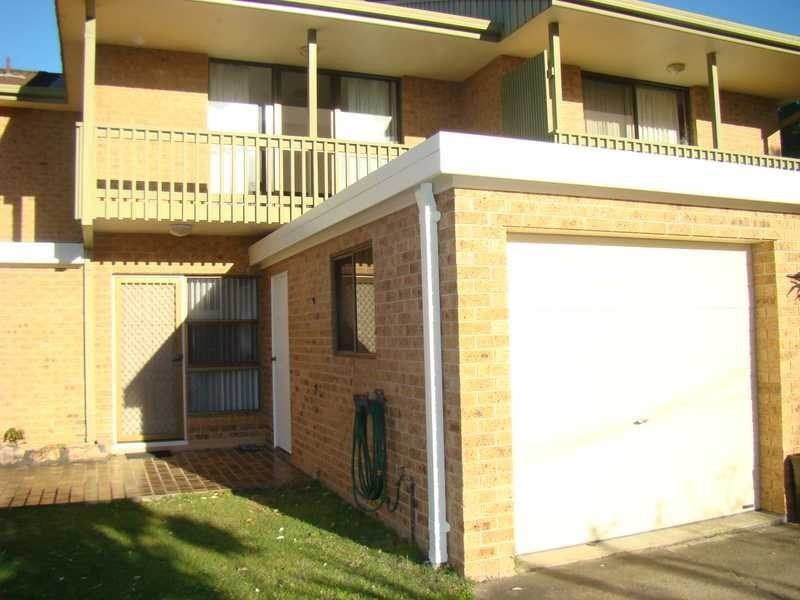 Unit 2/2 Hope Close, Dunbogan NSW 2443