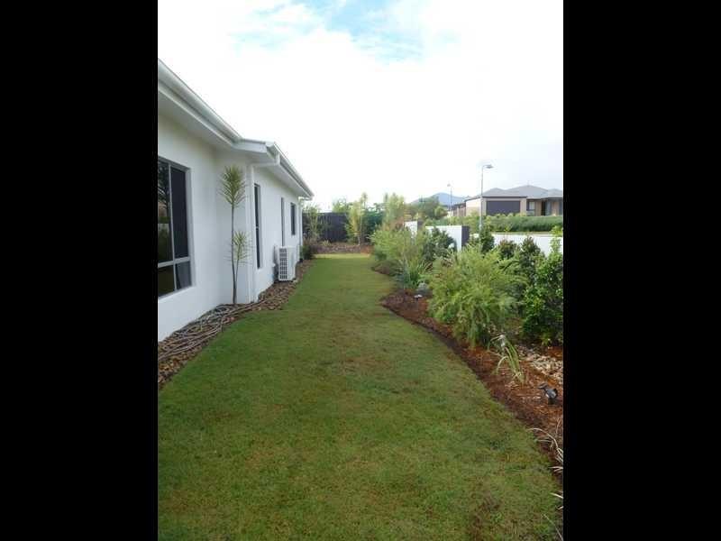 2 Longcove Place, Peregian Springs QLD 4573