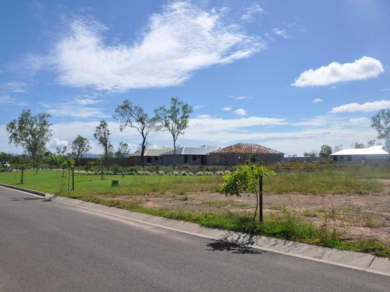 26 Garrison Court, Mount Louisa QLD 4814