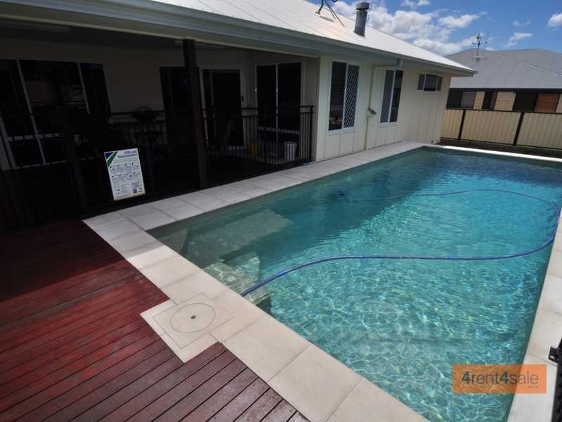 4 Aramac Court, Tin Can Bay QLD 4580