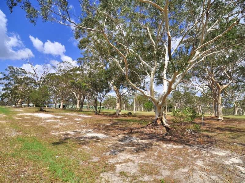205 Gympie Road, Tin Can Bay QLD 4580