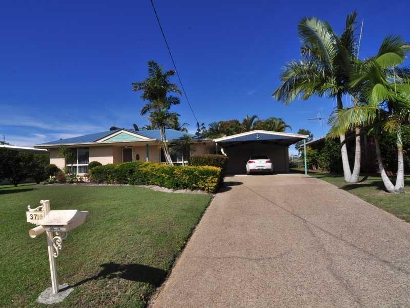37 Marlin Way, Tin Can Bay QLD 4580