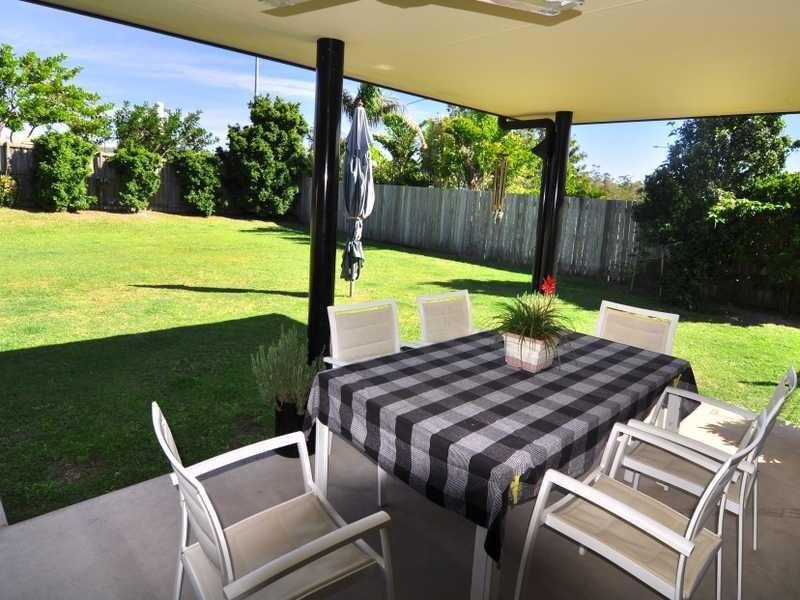 12 Dianella Circuit, Cooloola Cove QLD 4580