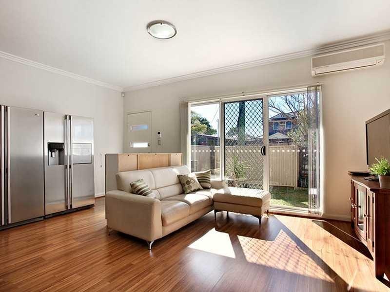 4/57-59 Beamish Road, Northmead NSW 2152