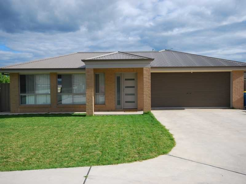 3/10 Kimberley Drive, Tatton NSW 2650