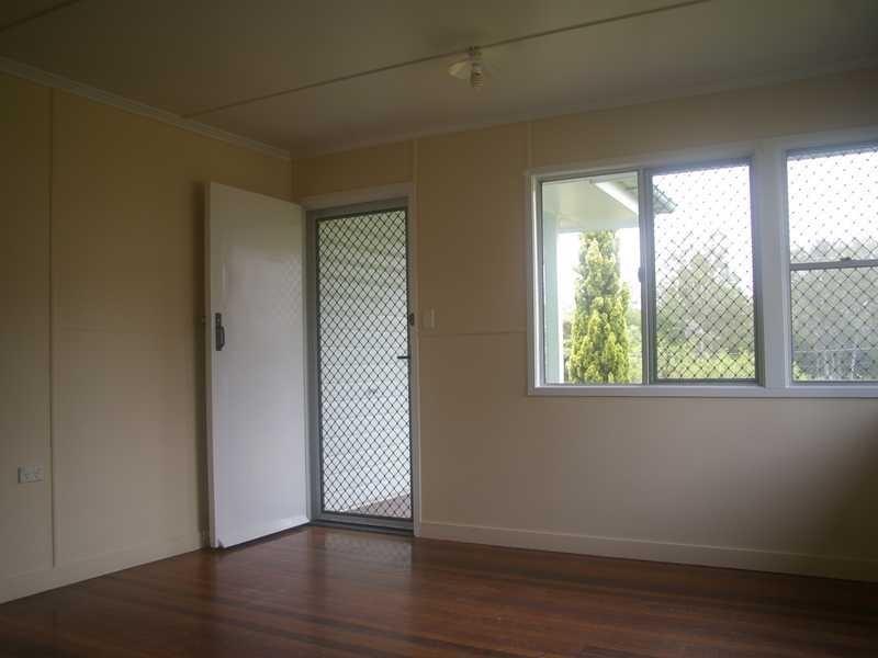 11 Melbourne Street, Brassall QLD 4305