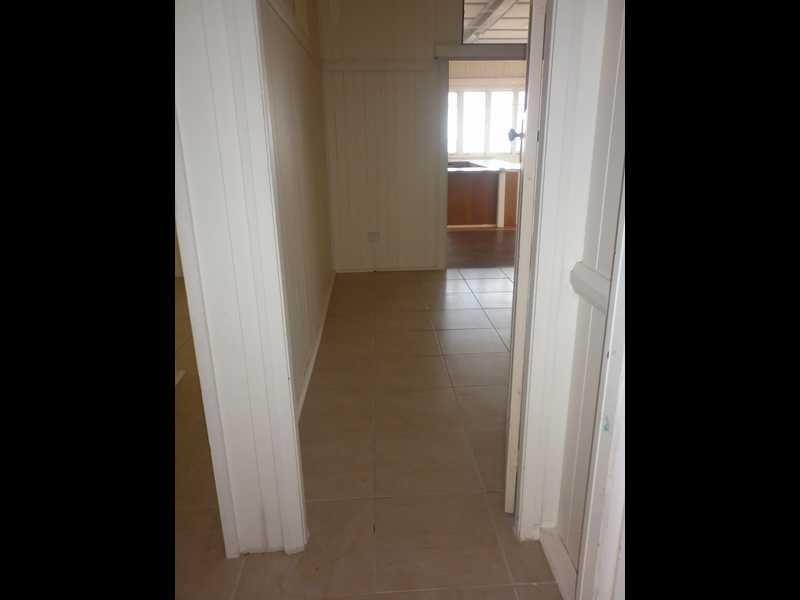 38 Thomas Street, Blackstone QLD 4304