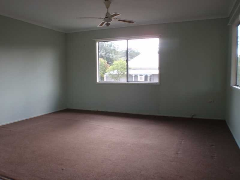 24 Jones Street, Blackstone QLD 4304